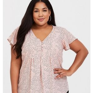 Torrid Pink Dot Button Front Blouse sz 4X
